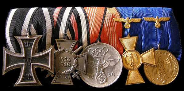 Medal bar with the Olympic Commemorative Service medal