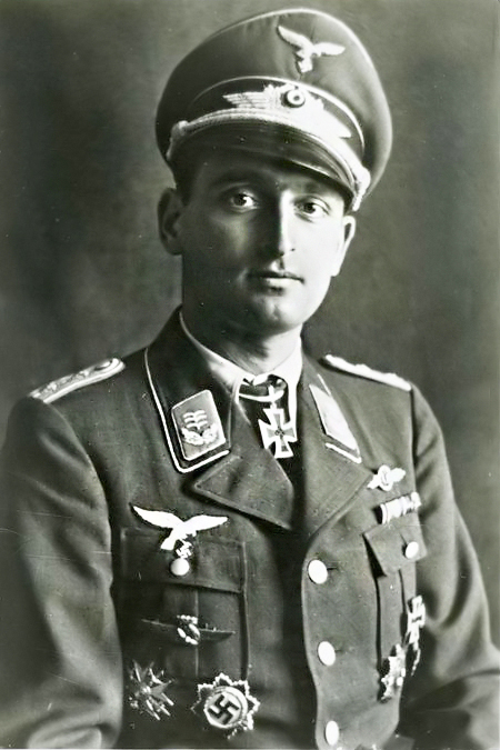 Rudolf Henne with Spanish War Cross in wear